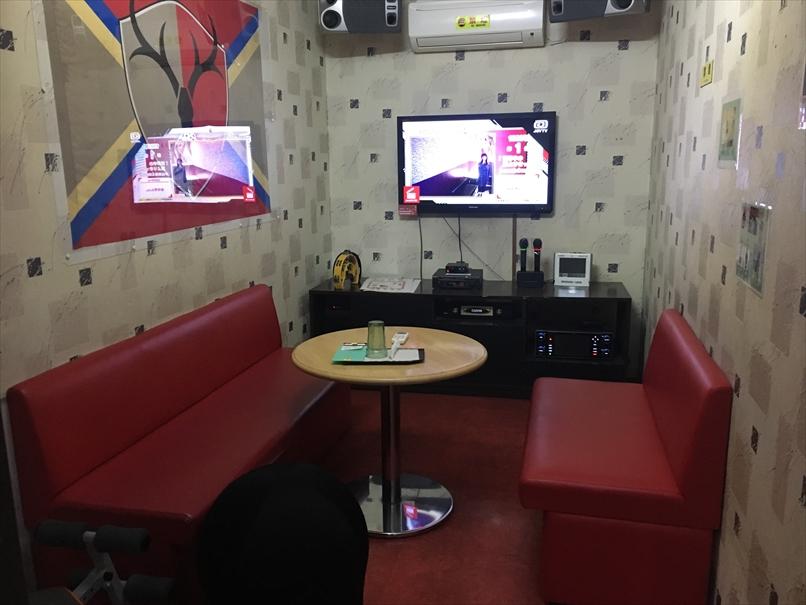 カラオケJスタジアム初生店の部屋