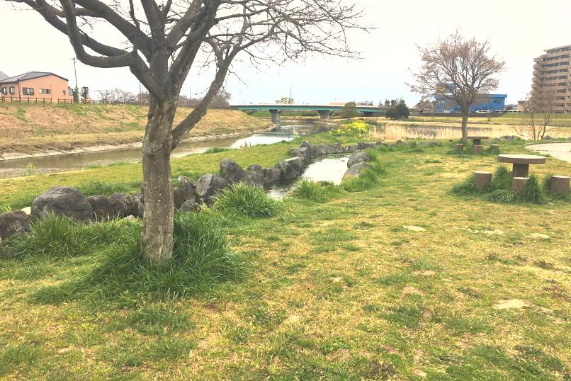 馬込川上島緑地の風景