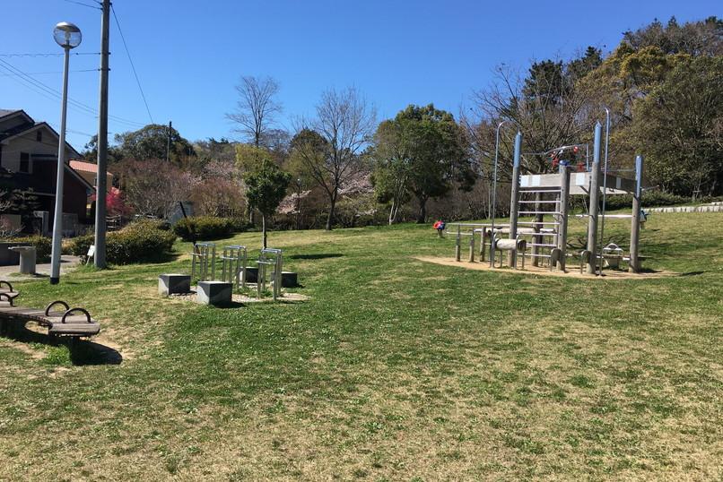 四ツ池公園の遊具