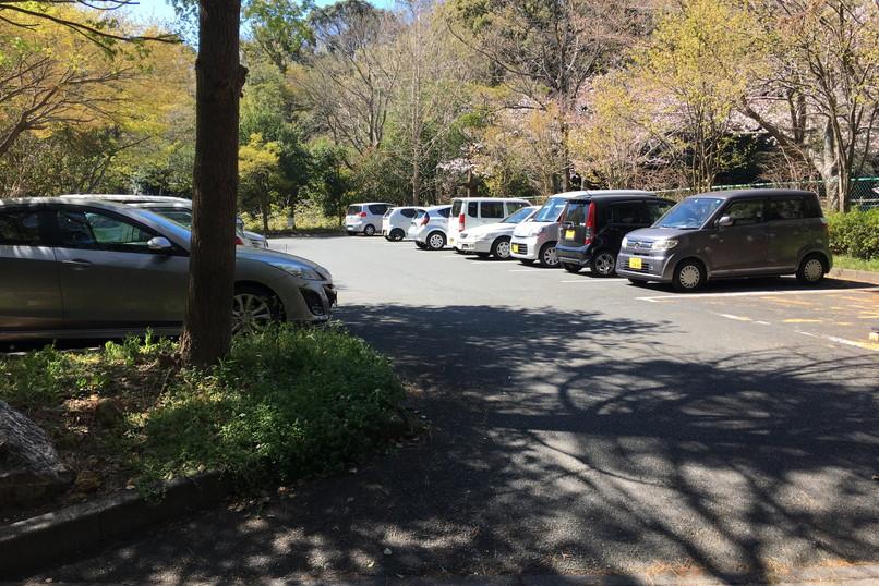 四ツ池公園の駐車場