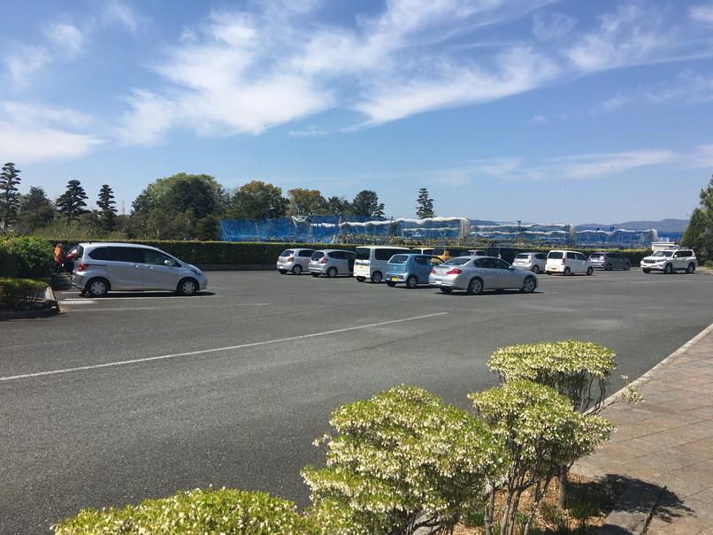 万葉の森公園の駐車場
