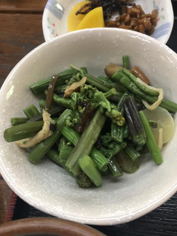 乃木そば神谷の山菜