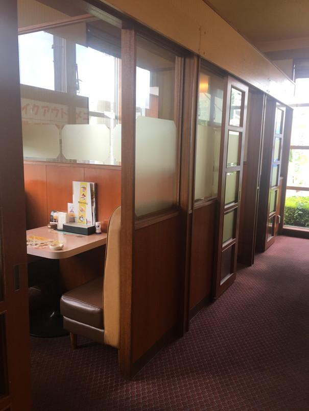 デニーズ浜松有玉店の個室席